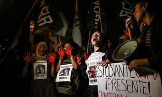 Alan García: Protestas en las afueras de la residencia de la embajada de Uruguay [FOTOS]