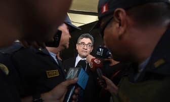 Accidentada salida del Fiscal José Domingo Pérez del Penal Santa Mónica [FOTOS]