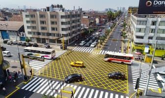Alcalde Jorge Muñoz entregó renovado tramo de la Avenida Manco Capác [FOTOS]