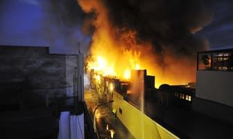 Incendio en Mesa Redonda destruyó un inmueble [FOTOS]