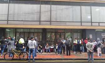 Comerciantes de Mesa Redonda inician trámite para renovar licencia de Defensa Civil [FOTOS]