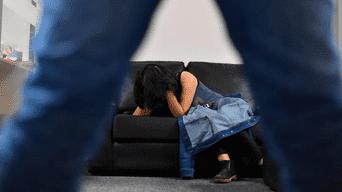 Narcos abusan sexualmente de mujer