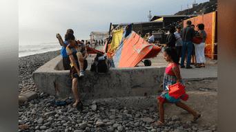 Accidente se produjo cerca de bañistas y restaurantes.Foto: Melissa Merino