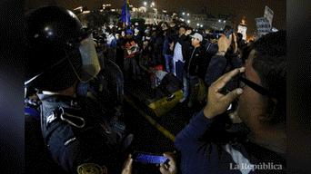 Miles de ciudadanos marcharon contra el Congreso y el alza de combustibleFoto: Jorge Cerdan