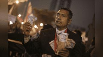 La denominada 'Marcha contra la corrupción del CNM, el Congreso y el Gobierno' partió a las 6:00pm desde Plaza San Martín. Foto: Hernán Hernández.