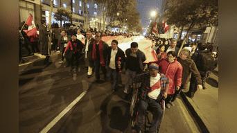 La denominada 'Marcha contra la corrupción del CNM, el Congreso y el Gobierno' partió a las 6:00pm desde Plaza San Martín. Foto: Jhonel Rodriguez.