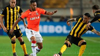 Peñarol cayó goleado 1-4 ante Atlético Paranaense y quedó eliminado de la Copa Sudamericana | GOLES | RESUMEN | VIDEO