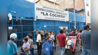 El centro comercial asaltado esta ubicado a dos cuadras de la sede central del RENIEC.