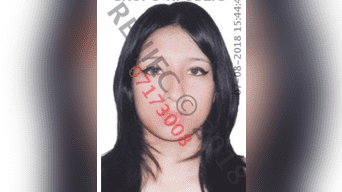 La secretaria, Sheena Daleshca del Águila Terrones (21), fue golpeada por los intrusos.