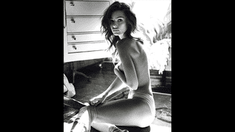 Emily Ratajkowski remece las redes sociales con sus desnudos. Foto: Instagram