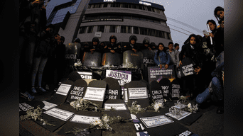 La comunidad ciudadana expreso su rechazo total ante el incremento de los casos de feminicidios y casos judiciales sin condena. Foto: Jorge Cerdan