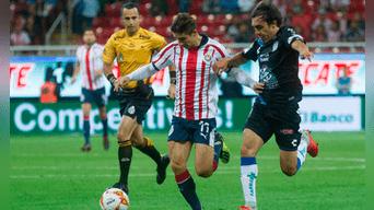 Chivas vs Pachuca EN VIVO ONLINE EN DIRECTO vía Televisa y TDN por la  octava fecha de la Liga MX Créditos   TelemundoSports 7fea86fb7f70c