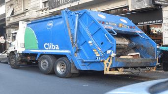 Camión de basura fue utilizado como carro fúnebre. Foto: Difusión