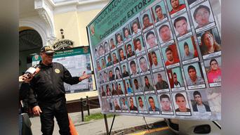 En la intervención se decomisaron armas, drogas y pasamontañas. Los objetos incautados fueron llevados a la DIPROVE para su respectiva investigación. Foto: Jorge Cerdan