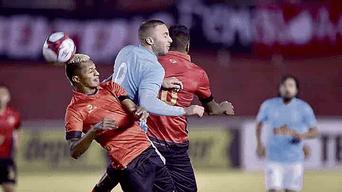marcado. Herrera fue bien controlado por Narváez.