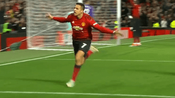 Alexis Sánchez anotó el 3-2 final del Manchester United sobre Newcastle.