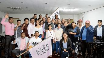 Celebración. Dirigentes y miembros de Por Ti Callao festejaron triunfo en Cámara de Comercio.
