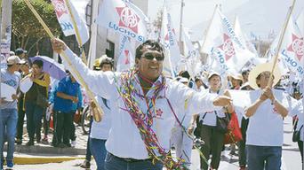 Luis Aguirre en Miraflores