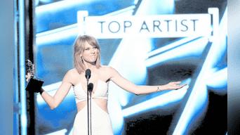 Abre el show. Taylor Swift, figura actual del pop, presentará uno de los sencillos de su último disco Reputation