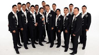 El grupo supremo de la música regional mexicana La Arrolladora Banda El Limón de René Camacho