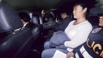 Traslado. Keiko Fujimori fue llevada a la Dirincri.