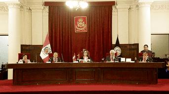 Suprema decisión. Jueces supremos Elvia Barrios, Hugo Príncipe, Iván Sequeiros, Zavina Chávez y Aníbal Bermejo definen que el plazo de una investigación depende de cada caso.