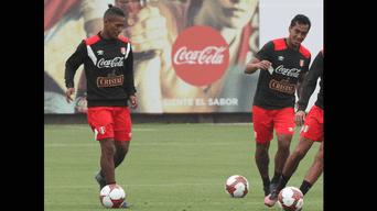Pedro Aquino y Renato Tapia pelean por un puesto en la selección peruana.