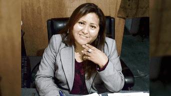 Jenny Nolasco dejó su ciudad natal de Huancayo para atender a familias humildes.