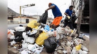 VMT recoge basura en la zona de Nueva Esperanza. Foto: Melissa Merino