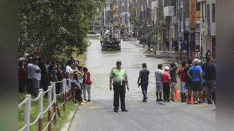 Aniego afecta a vecinos de San Juan de Lurigancho. Foto: Michael Ramón
