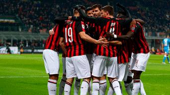 Milan derrotó 2-0 al Nápoli y clasificó a las semifinales de la Copa Italia  en el estadio  Giuseppe Meazza  26dd58bbcda66