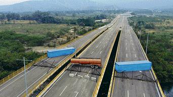 Maduro cierra frontera