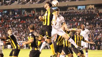 LDU de Quito vs Peñarol EN VIVO