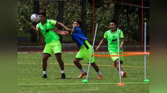 Club entreno bajo el fuerte calor del valle sagrado en Cusco. Foto: Melissa Valdivia