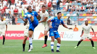 Universitario vs Carlos A. Mannucci    Germán Denis