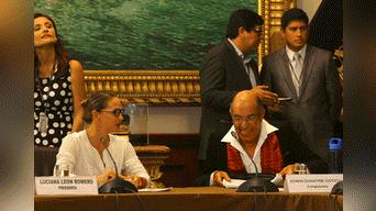 Edwin Donayre presentó descargos ante Comisión de Inmunidad Parlamentaria. Fotos: Virgilio Grajeda
