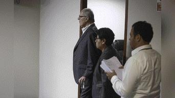 Pedro Pablo Kuczynski ingresa a la sala de audiencia delTercer Juzgado de Nacional de Investigación Preparatoria de Corrupción de Funcionarios Foto: Michael Ramón