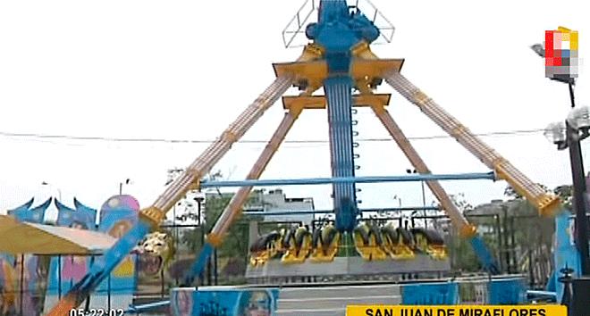 San Juan De Miraflores Dos Ninos Quedan Graves Tras Caer De Juego
