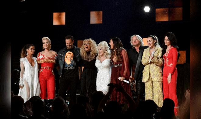 Lady Gaga deslumbró en Grammy
