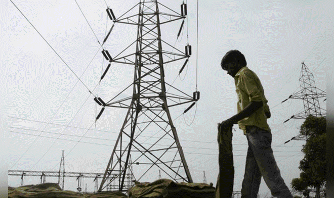 Gobierno anuncia proyectos de electricidad por más de 200 millones de dólares en Tumbes