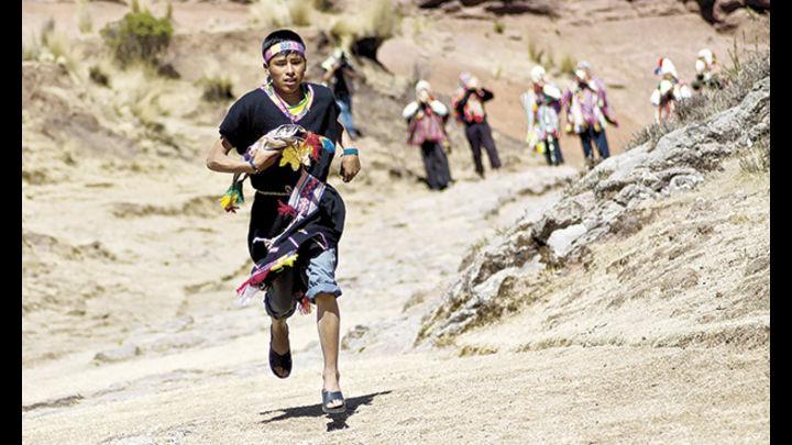 Los chaskis recorrían esta ruta en dos días. A lo largo de la ruta había 80 mensajeros que llevaban el pescado fresco desde Arequipa para el inca.