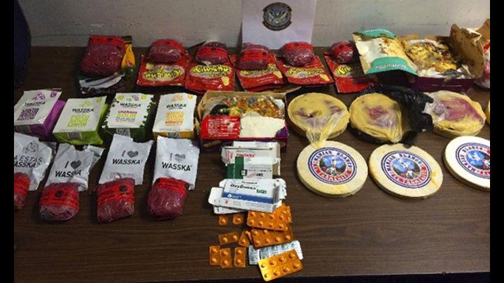 Newmark. Ciudadano norteamericano procedente de Perú trató de introducir droga en alimentos varios, y en un turrón