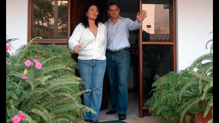 Escrutados. El fiscal Germán Juárez Atoche resolvió investigar por presunto lavado a la candidata Keiko Fujimori y a su cónyuge Mark Vito Villanella