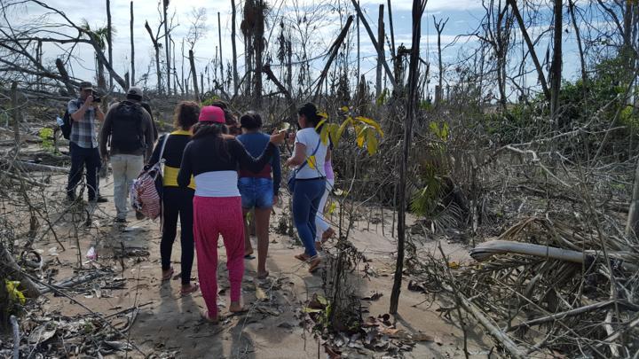 Venezolanas y peruanas rescatadas de La Pampa, zona minera de Madre de Dios donde impera la trata de personas. Fotografía: Policía Nacional del Perú.