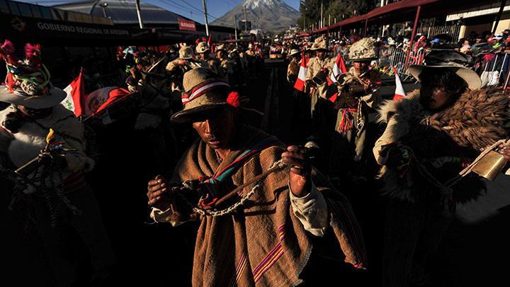 Arequipa: Con ritmo y fuerza saludan a Arequipa en el X Pasacalle Regional
