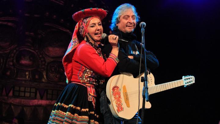 La Miski y Pelo D´Ambrosio en el escenario. Foto: Jazmín Lezama Rivas.