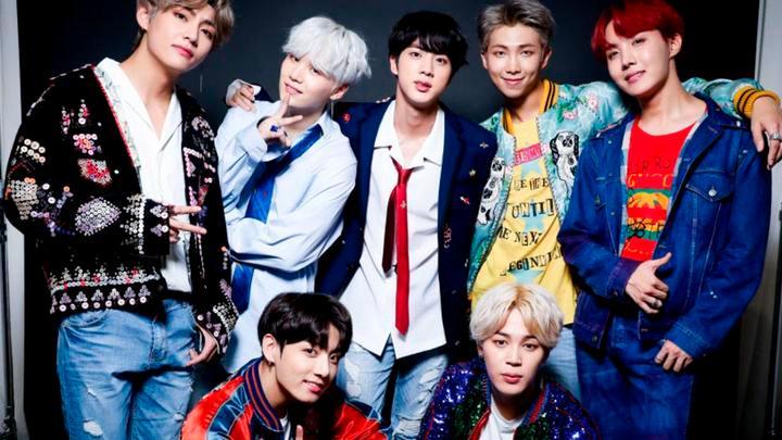 Jin, Suga, J-Hope, RM, Jimin, V y Jungkook forman la exitosa agrupación BTS. (Captura Instagram)