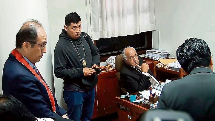instantes precisos en los que se concreta el operativo contra el magistrado Gonzáles.