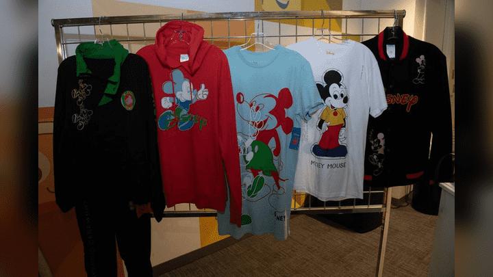 Buzos y pijamas