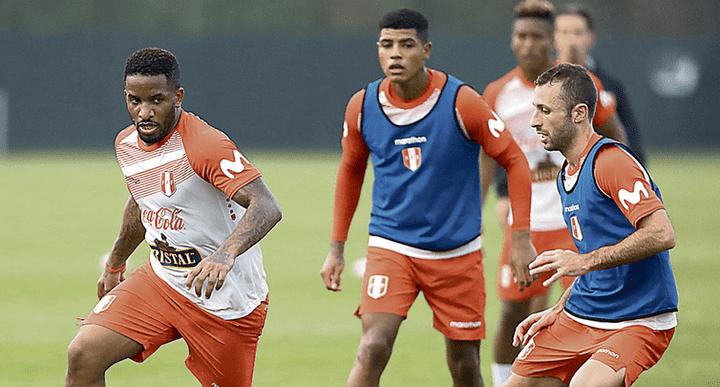Al ataque. Jefferson Farfán será el único delantero peruano. Sin Paolo Guerrero –suspendido–, la 'Foquita' es la primera opción para reemplazarlo. Llega de ser titular en Rusia.